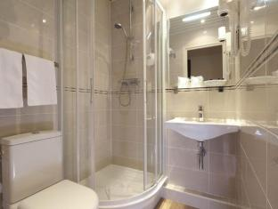 Hotel Paix Republique Paris - Bathroom