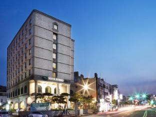 /robero-hotel-jeju/hotel/jeju-island-kr.html?asq=jGXBHFvRg5Z51Emf%2fbXG4w%3d%3d