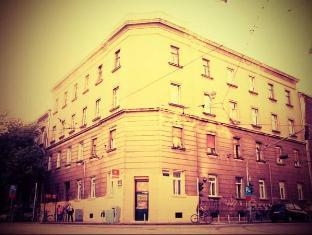 /es-es/palmers-lodge-hostel/hotel/zagreb-hr.html?asq=vrkGgIUsL%2bbahMd1T3QaFc8vtOD6pz9C2Mlrix6aGww%3d