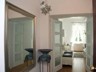 /rooms-zagreb-17/hotel/zagreb-hr.html?asq=jGXBHFvRg5Z51Emf%2fbXG4w%3d%3d