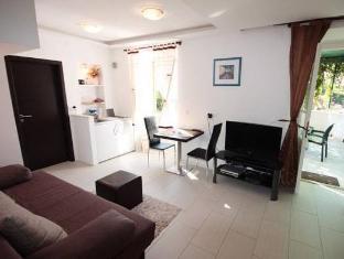/es-es/apartments-sara-nora/hotel/dubrovnik-hr.html?asq=vrkGgIUsL%2bbahMd1T3QaFc8vtOD6pz9C2Mlrix6aGww%3d