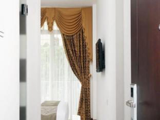 The Victoria Luxurious Hotel Bandung - Interior