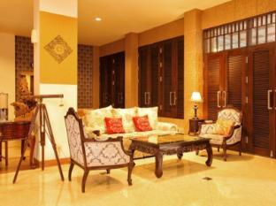 The Victoria Luxurious Hotel Bandung - Lobby