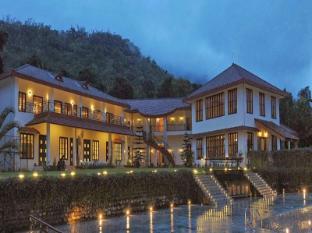 Ambatty Greens Resort
