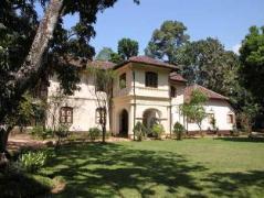 Elpitiya Walauwa Heritage Home | Sri Lanka Budget Hotels