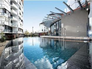 Astra Chevron St Kilda Apartments