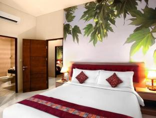 Kuta Central Park Hotel Bali - Master bedroom