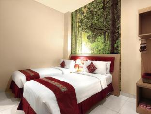 Kuta Central Park Hotel Бали - Номер