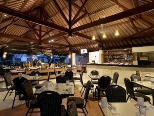 庫塔中央公園酒店 峇里 - 餐廳