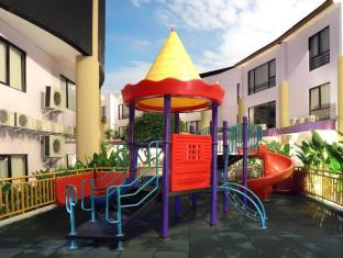 Kuta Central Park Hotel Bali - Outdoor kids playground