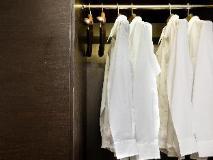 99 Bonham: guest room
