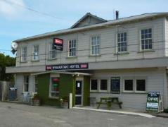 Castlepoint Hotel & Guesthouse | New Zealand Budget Hotels