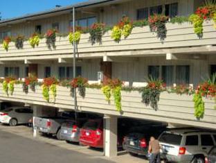 /zh-tw/travelodge-at-the-falls/hotel/niagara-falls-on-ca.html?asq=5VS4rPxIcpCoBEKGzfKvtE3U12NCtIguGg1udxEzJ7keqCYRqLR%2bUoWcrdzs8Mus2Mw0vGk2ufPhLHBa0Ko12pwRwxc6mmrXcYNM8lsQlbU%3d