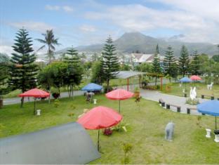 Batu Suki Resort Malang - Garden
