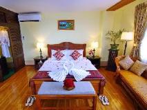 Shwe Ingyinn Hotel Mandalay: suite room
