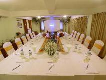 Shwe Ingyinn Hotel Mandalay: meeting room