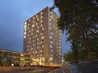 /sl-si/van-der-valk-hotel-eindhoven/hotel/eindhoven-nl.html?asq=vrkGgIUsL%2bbahMd1T3QaFc8vtOD6pz9C2Mlrix6aGww%3d