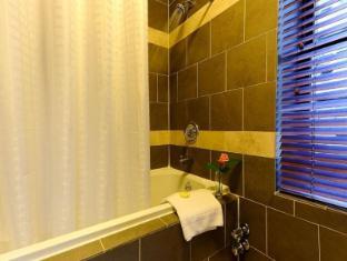 Washington Jefferson Hotel at Times Square New York (NY) - Bathroom