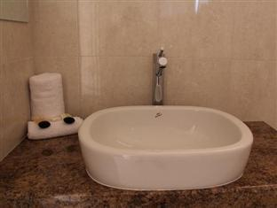 Addison Motor Inn Shepparton - Bathroom