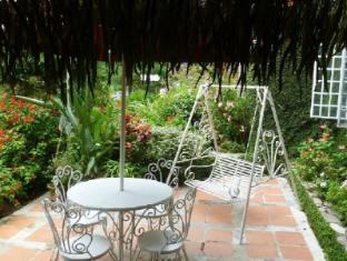 The Smokehouse Hotel Cameron Highlands - Garden