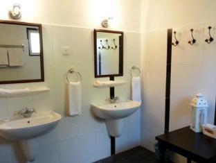The Smokehouse Hotel Cameron Highlands - Bathroom