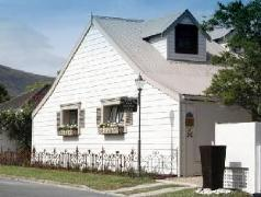 The Potting Shed Guest House | Cheap Hotels in Hermanus South Africa