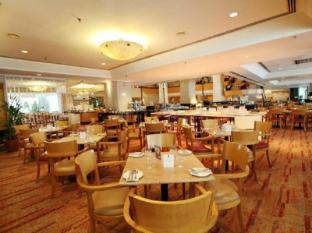 Corus Hotel Kuala Lumpur - Dondang Sayang Coffee House