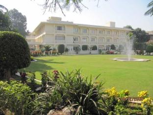 /hotel-ritz-plaza/hotel/amritsar-in.html?asq=jGXBHFvRg5Z51Emf%2fbXG4w%3d%3d