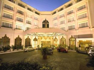 /ms-my/the-chancery-hotel/hotel/bangalore-in.html?asq=jGXBHFvRg5Z51Emf%2fbXG4w%3d%3d