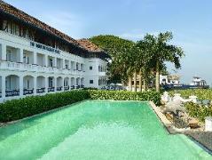 Brunton Boatyard Hotel   India Hotel