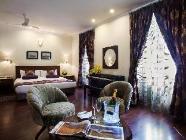 Deluxe Suite Kingsize Bed