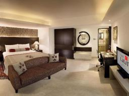 Luxe Suite