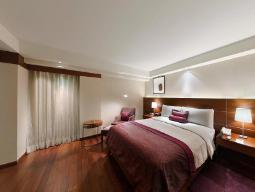 Phòng Corner Suite