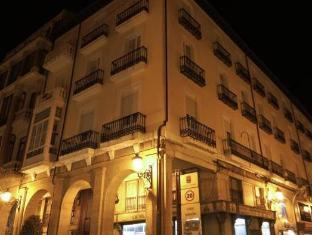/hostal-la-numantina/hotel/logrono-es.html?asq=jGXBHFvRg5Z51Emf%2fbXG4w%3d%3d