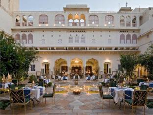 /sv-se/samode-haveli-hotel/hotel/jaipur-in.html?asq=vrkGgIUsL%2bbahMd1T3QaFc8vtOD6pz9C2Mlrix6aGww%3d