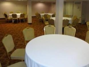 /holiday-inn-memphis-airport-conference-center/hotel/memphis-tn-us.html?asq=jGXBHFvRg5Z51Emf%2fbXG4w%3d%3d