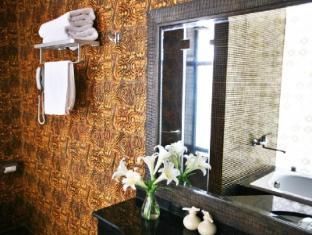 Meracus Hotel 2 Hanoi - Bathroom