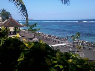 Crystal Beach Bali Hotel Bali - Beach