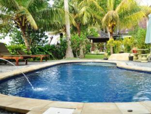 Crystal Beach Bali Hotel Bali - Swimming Pool