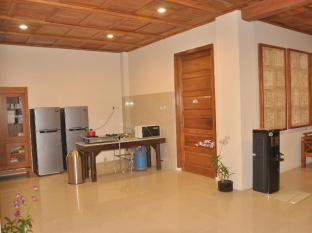 Crystal Beach Bali Hotel Bali - Executive Lounge with Guest kitchen