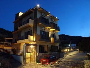 /fr-fr/attalos-apartments/hotel/crete-island-gr.html?asq=vrkGgIUsL%2bbahMd1T3QaFc8vtOD6pz9C2Mlrix6aGww%3d