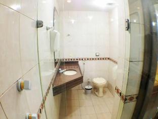 Fridays Hostel and Hotel Rio De Janeiro - Bathroom
