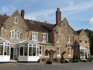 /larkfield-priory-hotel/hotel/maidstone-gb.html?asq=jGXBHFvRg5Z51Emf%2fbXG4w%3d%3d