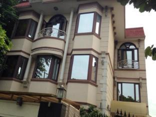 Ahuja Residency-DLF Phase II