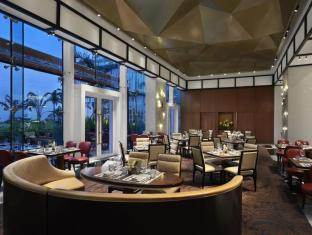 Solaire Resort & Casino Manila - Waterside - Dining Area