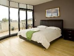 Serviced Houses Villa de Marseille Australia