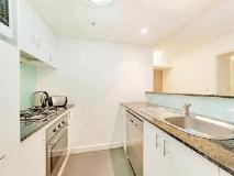 Wyndel Apartments Nexus: kitchen