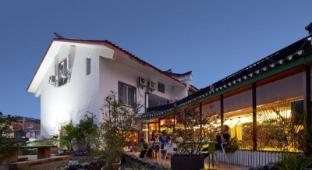 /yangshuo-travelling-with-hostel/hotel/yangshuo-cn.html?asq=jGXBHFvRg5Z51Emf%2fbXG4w%3d%3d