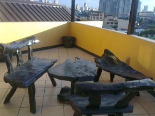 马尼拉鲁斯888客房酒店