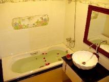 Salakphet@Home: bathroom